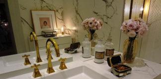 Lustra łazienkowe - praktyka czy design?