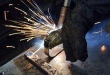 Metal - materiał, z którego wykonuje się odporne na uszkodzenia schody